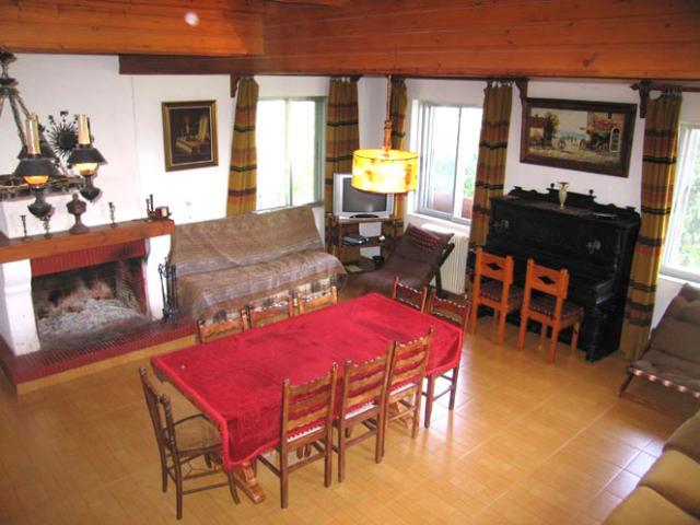 Ferienhaus Rododafni Wohnzimmer