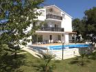 Vila Marinela - A4 - Vacation Apartment Porec