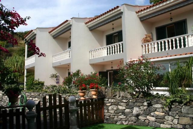 Vacation Apartment Gaula Gardening System