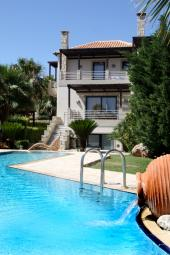 Athina Luxury Villas