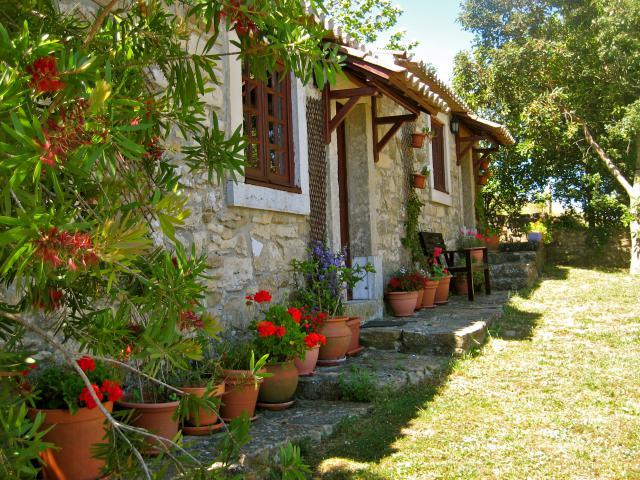 Gite-Holiday House Arruda dos Vinhos Dining Room