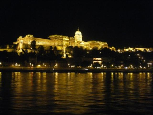 Bed & Breakfast Budapest Leisure