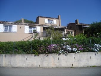 Ferienhaus mit 2 Wohnungen