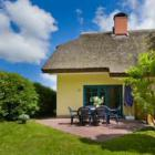 Reetdachhaus HOLUNDER 3 - Vakantiehuis Poseritz-Puddemin