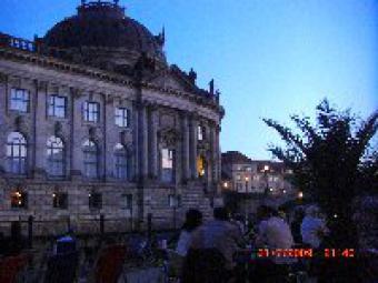BERLIN 3 room Hackescher Markt