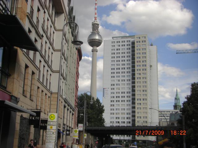 Ferienwohnung BERLIN - MITTE (HACKESCHER MARKT) Schlafzimmer