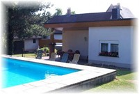 Bungalow mit Pool