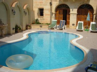 Malta: Gozo & Comino<br>