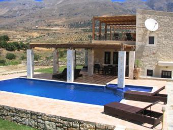 Villa Zeus 5*, Pool
