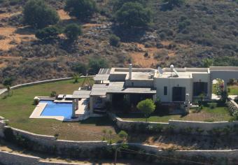 Villa Pegasus 5*, Pool
