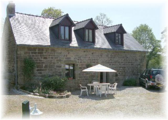 Gite-Holiday House Langoelan Vacation Property