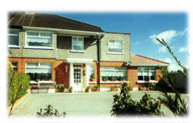 Almara B&B Dublin (est. 1991) - Bed & Breakfast Vacation Property