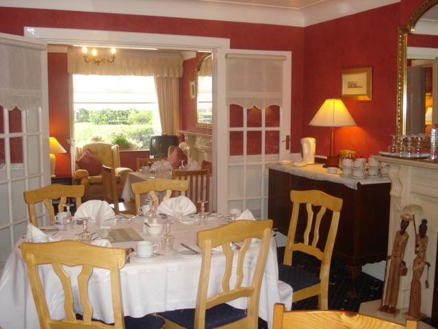 Almara B&B Dublin (est. 1991) - Bed & Breakfast Dining Room