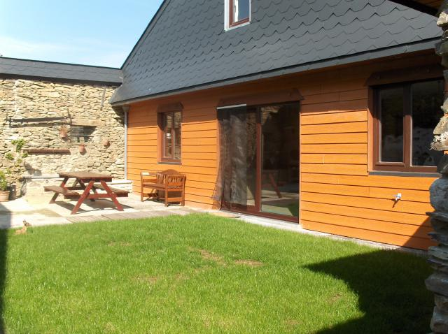 Vacation Home Fays-Les-Veneurs Vacation Property