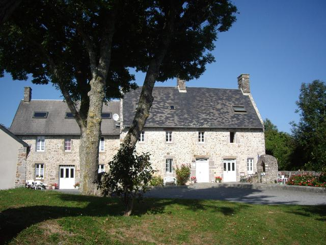 Room-Guesthouse ORVAL Surrounding