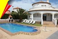 Villa Marisol mit Poll 10x5m.