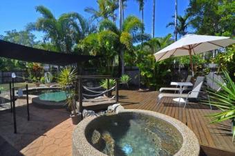 Tropical Resort House