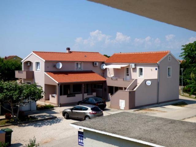 Photos for house 641641