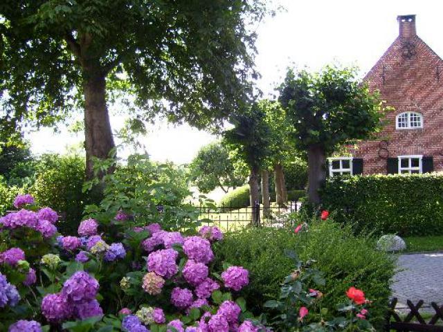 Vacation Home Krummhörn Gardening System
