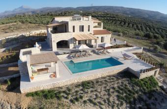Villa Athene mit Pool und Spa