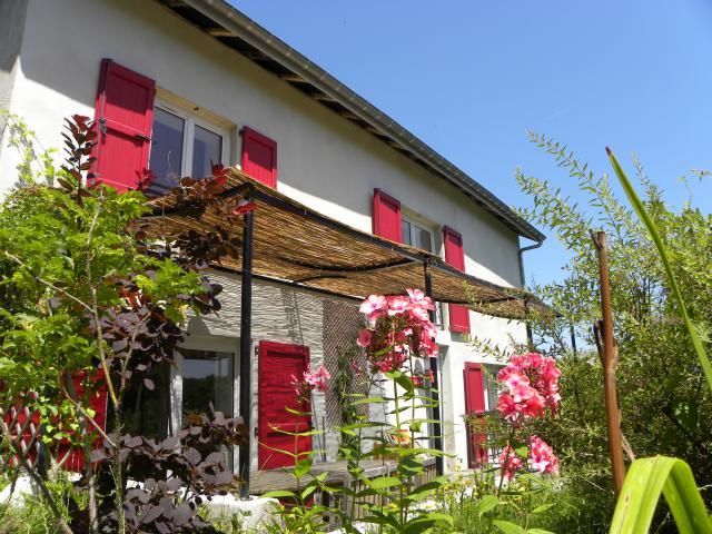 Gite-Ferienhaus Corbelin Gartenanlage