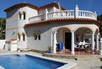 Villa Lidia con piscina
