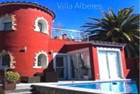 Villa Alberes mit beheiztem Pool