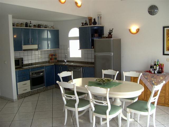 Photos for house 643140