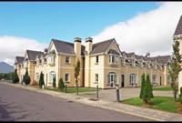 Luxury Home near Lakes