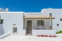 Luxury villa in Naxos