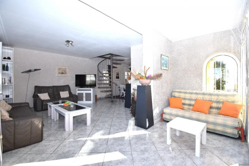Photos for house 643648