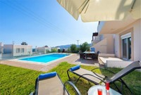 Anthoniki Pool Villa