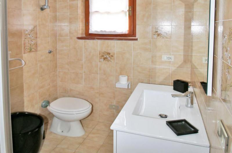 Photos for house 644011
