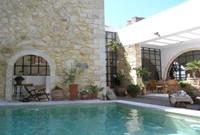 Villa Maroulas