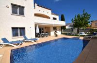 Villa Sunshine m. Pool u Klima - Vacation Home Empuriabrava